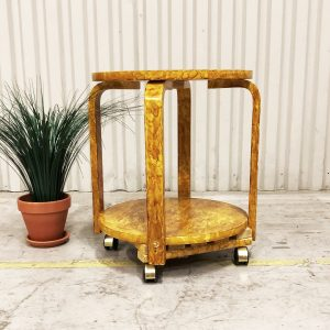 drinkvagn gulfärgat spräckligt trä