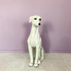 vit porslinshund